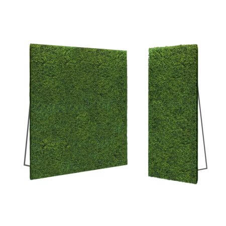 Hedge flats are 8'x4'. Put two together for your standard 8'x8' hedge flat display!