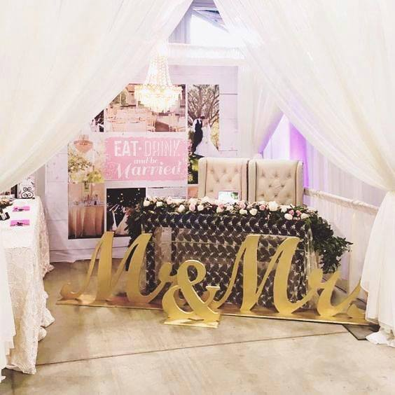 Let us help you with your wedding decor!